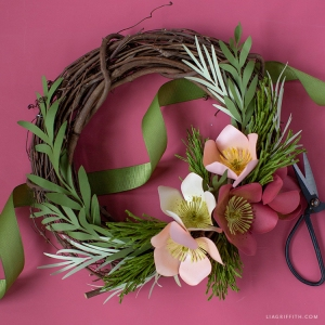 Paper_Hellebores_Winter_Wreath_2